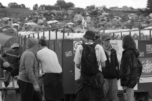 loo queue; glastonbury